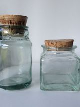 Duo d'anciens bocaux en verre