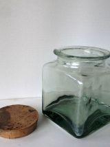 Bocal ancien en verre carré