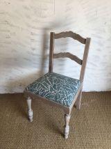 Chaise ancienne revisitée