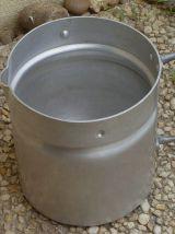 pot a lait ancien en aluminium ,vintage