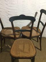 Suite de 3 chaises anciennes Thonet
