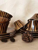 Anciennes tasses à café /Tasses café design couleur automne.