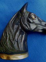 Décapsuleur tête de cheval en métal, vintage