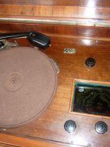 meuble radio tourne disque