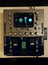 Table de mixage Numark DXM06 24-BIT