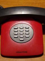 Téléphone vintage rouge et noir