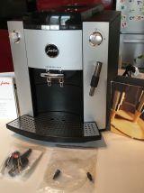 Machine à café avec broyeur JURA