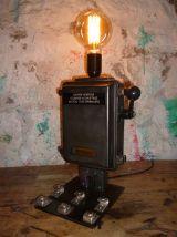 LAMPE INDUSTRIELLE - LE MANCHOT -