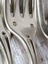 Fourchettes et cuillères en métal argenté, Couverts de table