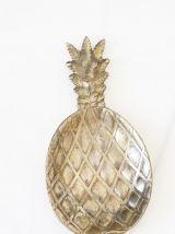 Vide poches métal ananas années 70