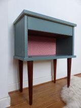 Petit meuble à tiroir