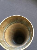 Vase en laiton doré