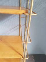 étagères style tomado années 60 structure métal doré étagère