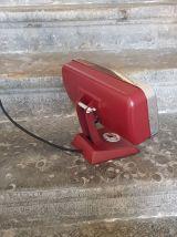 Radiateur vintage devenu lampe
