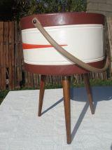 Rare travailleuse Vintage tripode très colorée