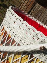 Belle travailleuse tripode en rotin blanc