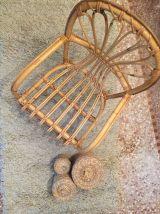Chaise en rotin pour enfant