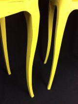 Paire de petites tables de chevet