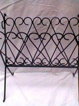 Porte-revues en métal