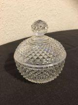 Pot/sucrier pointés de diamant en Baccarat XIXeme siècle