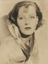 Photo portrait de Greta Garbo par le Studio G.L Manuel Frère