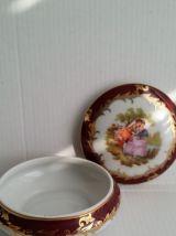 Coll.scene galante Bonbonnière porcelaine