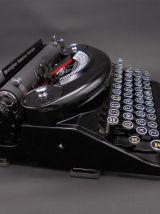 Ancienne machine à écrire Remington
