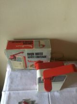 Ouvre-boite affute-couteaux