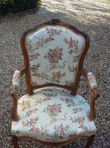 salon  Louis XV, canapé, 2 fauteuils  1 chaise, retapissé
