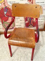 Chaise enfant écolier rouge vintage