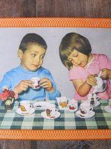 Mini dînette des années 50/60   avec sa boite d'origine