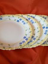 Vends 4 assiettes bleues et jaunes + 2 assiettes à dessert