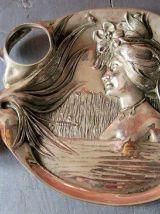 Bel encrier style Art-Nouveau en métal signé N. Vidal