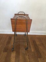 Petit meuble sur roulettes vintage-