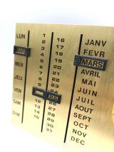 Calendrier perpétuel avec thermomètre