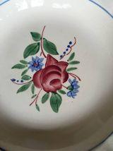 Six assiettes creuses Digoin anciennes  roses et fleuries.