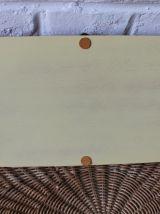 Joli petit plateau rectangulaire bois métal et scoubidou