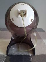 lampe style Dalu avec globe opaline  plexiglass transparent