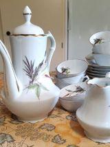 Service de table en porcelaine fine