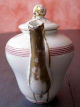 Petite théire égoïste ancienne en porcelaine de Paris - 19èm
