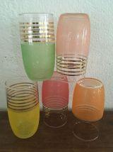 Cinq verres à orangeade années 60.