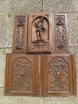 panneaux  en bois  sculptés , anciens