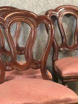 Suite de 6 chaises de style Victorien en acajou