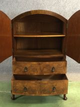 Buffet Chippendale en loupe de noyer