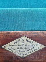 Billard ancien Hénin + accessoires