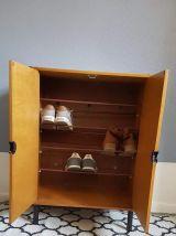 meuble à chaussures vintage couleur teck et noir pieds métal