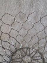 Jolie corbeille à fruit design en métal chromé comme neuf