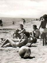 Lot de deux  pliants de plage, tabourets vintage