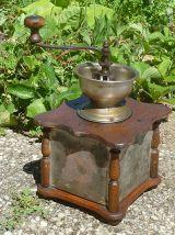Ancien moulin à café ,Ancien, vintage
