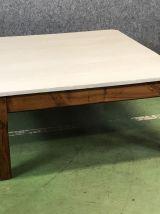 Table basse carrée en sapin début XXème